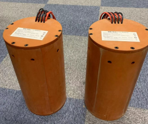 AUV机器人电池